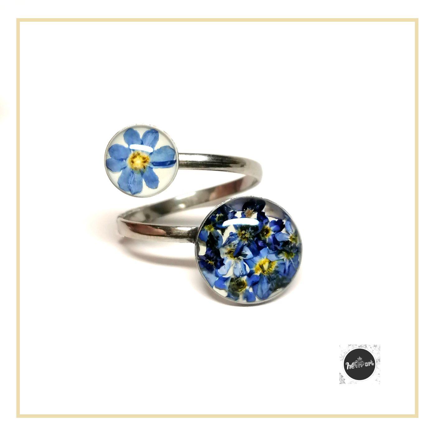 Valódi kék nefelejcs virágos héVIPart gyanta gyűrű, állítható méretű aniallergén nemesacél alappal